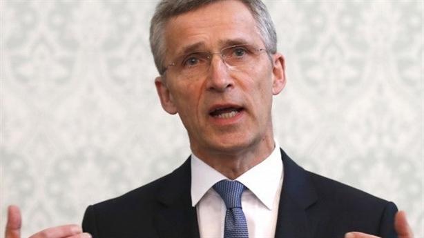 Nga-NATO chia rẽ vì khủng hoảng Ukraine, Pháp thông cảm với Moscow