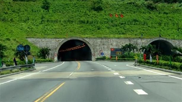 Không đi đường hầm vẫn phải đóng phí:Dân không nên lo lắng...