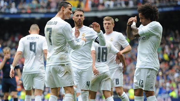 La Liga: Kẻ xảy chân, người bám đuổi - vẫn kịch tính