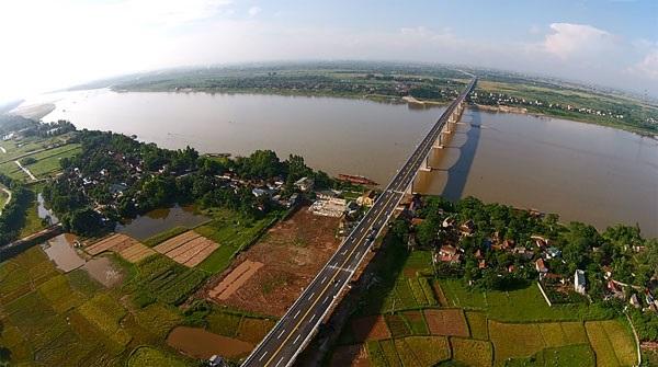 Đổi tên quy hoạch sông Hồng: Quy trình ngược?