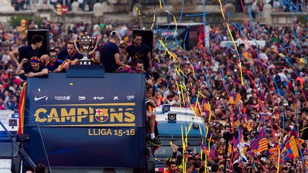 """Champions League giá trị hơn """"cú đúp"""" của Barcelona"""