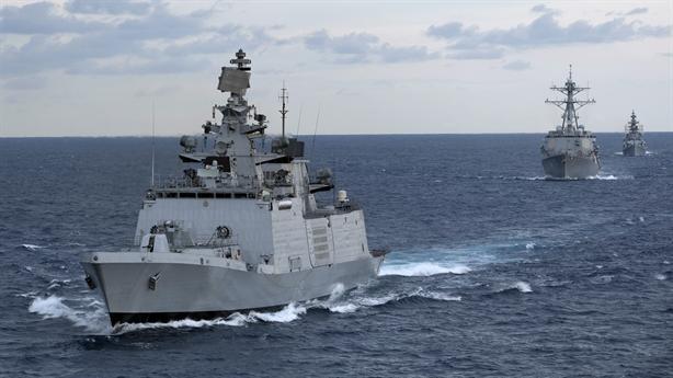 Chiến hạm Ấn Độ thăm Việt Nam đủ sức nhấn chìm Type-052C