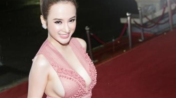 Angela Phương Trinh trở lại hình ảnh Ngọc Trinh: Hở bạo