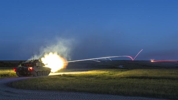 Anh đưa tăng mạnh hơn Abrams đến Baltic