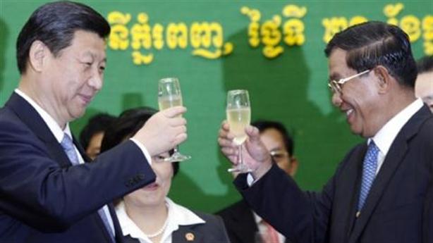 Lo ngại sau khi Campuchia thành con nợ của Trung Quốc