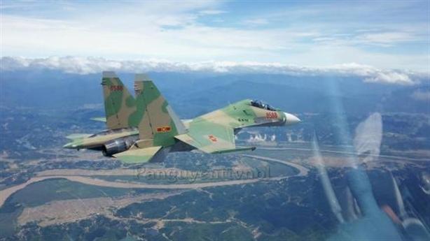 Báo Nga: Việt Nam sẽ tự sửa chữa tiêm kích Su-27, Su-30