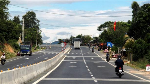 Quốc lộ 1A tính vốn tăng gần 1.900 tỷ: Tiền vẫn còn