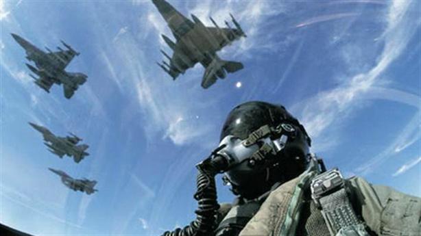 F-16 thêm vũ khí thông minh vẫn khó vào Việt Nam