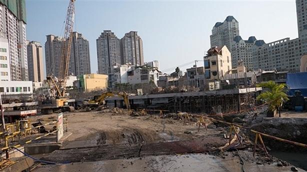 """TP HCM: 35 dự án BĐS được phép """"bán nhà trên giấy"""""""