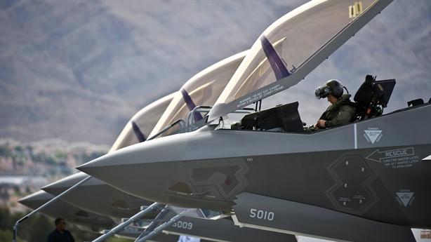 Ghế phóng ACES-5: Lựa chọn mới trên tiêm kích F-35