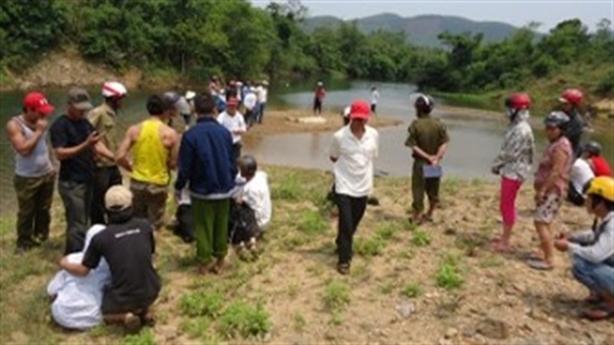 Ba học sinh chết tại mỏ khai thác: Không biển cảnh báo