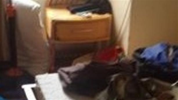 Giám đốc người Úc chết trên giường: Cơ thể không quần áo