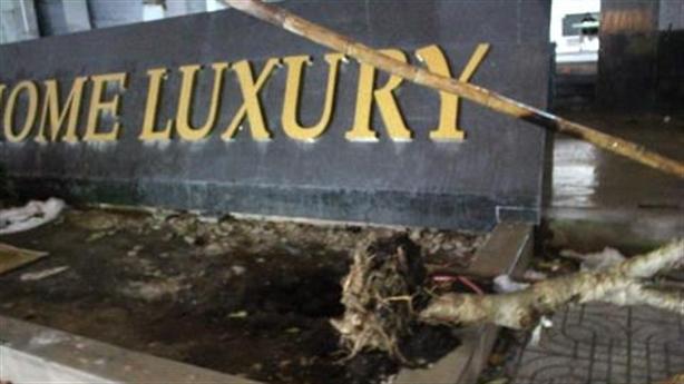 Sập giàn giáo ở Dream Home Luxury, ba người thương vong