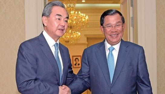 Trung Quốc tìm cách bơm nóng tiền cho Campuchia