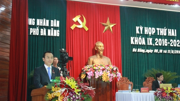 Họp HĐND Đà Nẵng: Nóng chuyện hướng dẫn viên Trung Quốc