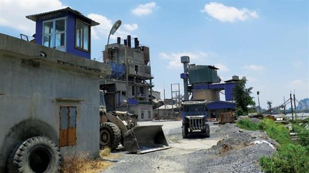 Nhà máy ximăng xóa sổ di sản: Hải Phòng có im lặng?