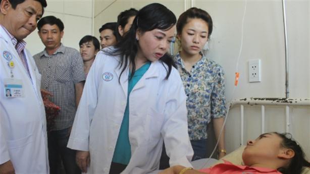 Bộ trưởng Y tế chỉ thẳng trách nhiệm bệnh viện bẩn