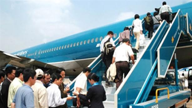 TP.HCM: Lãnh đạo không được công tác nước ngoài quá 2 lần/năm