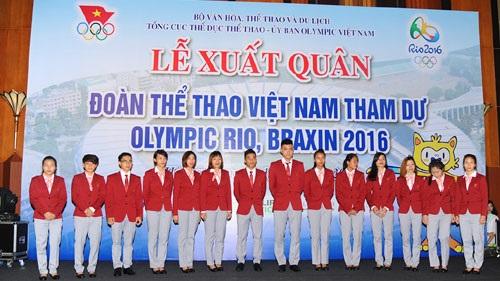 Đi Olympic, VĐV ít hơn đoàn cán bộ: ''Không phải du lịch''