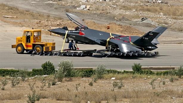Mỹ không tin máy bay F-313 Iran đánh ngang ngửa F-22