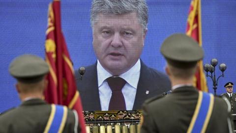Nga tập trận lớn, Poroshenko lo mất toàn bộ Ukraine