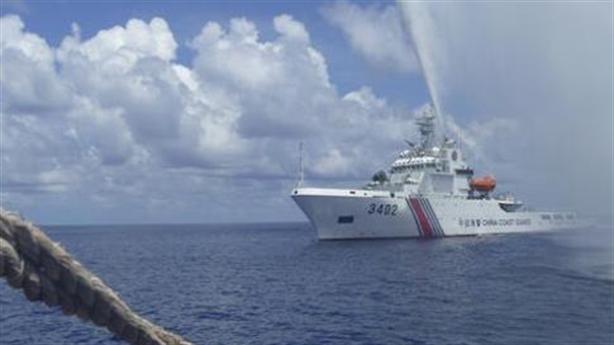 Trung Quốc âm mưu cải tạo Scarborough: Mỹ khó mạnh mẽ hơn