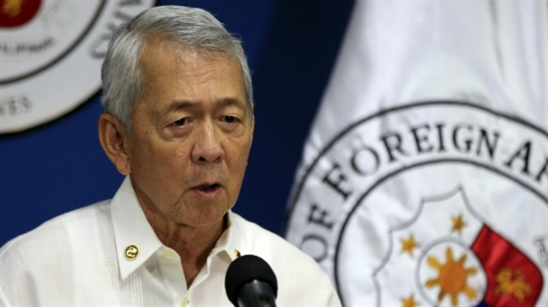 Philippines cáo buộc Trung Quốc trộm cát xây đảo nhân tạo