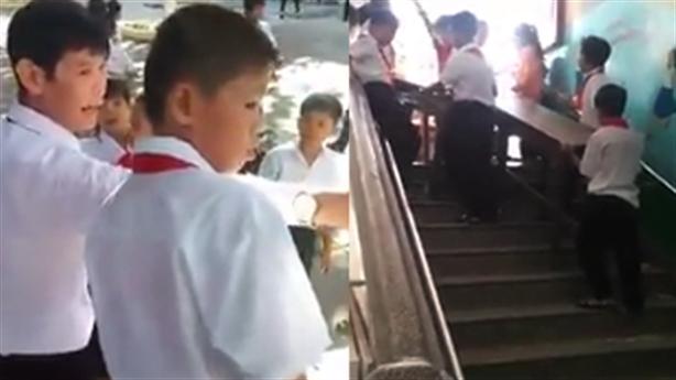 Sự thật phụ huynh tố trường bắt học sinh... khiêng bàn