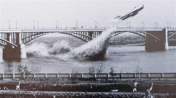 Màn trình diễn không tưởng của MiG-17