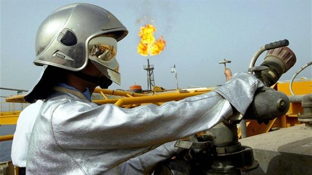 Nga-Saudi Arabia giám sát thị trường dầu: Sức mạnh mong manh