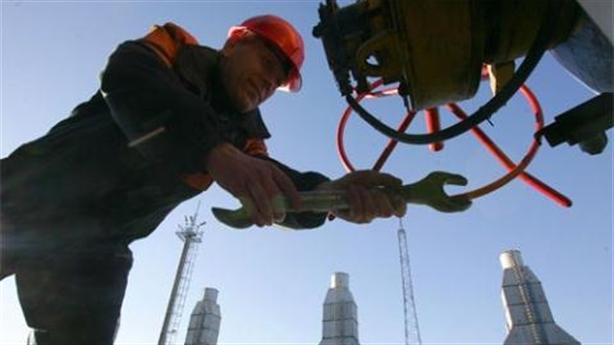 Dựa lưng Saudi Arabia, Nga đẩy sản lượng dầu lên đỉnh