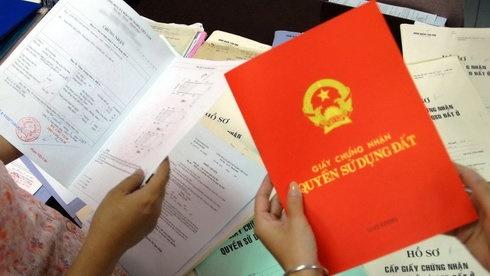 Tạo điều kiện cấp sổ đỏ cho người mua bằng giấy tay