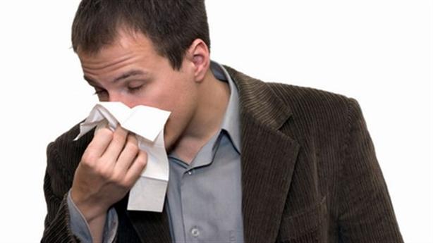 Đàn ông bị viêm xoang có thể yếu sinh lý