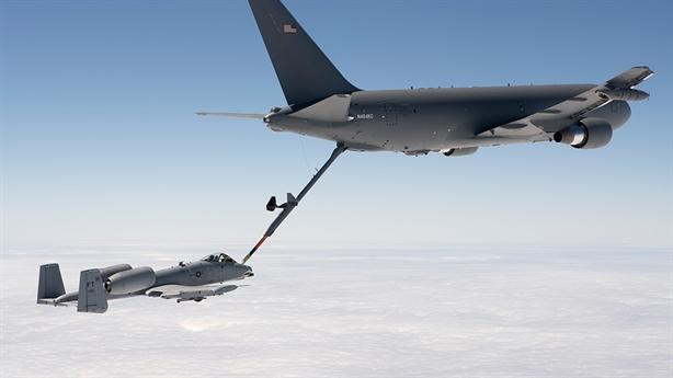 Tiêm kích F-35 có máy bay tiếp dầu tàng hình