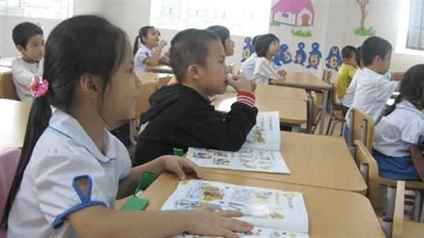 Tiếng Trung thành ngoại ngữ thứ nhất: 'Chỉ khổ học sinh'