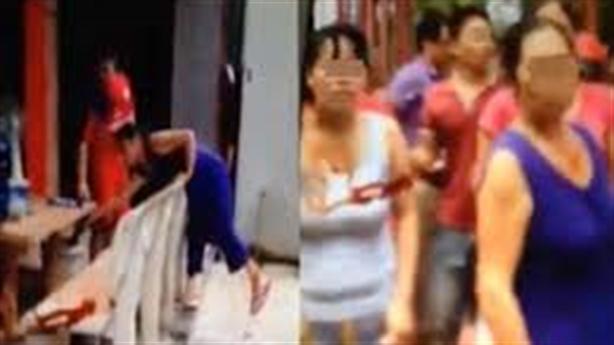 Vợ xinh đẹp bị đánh nhập viện: Bố bênh con gái