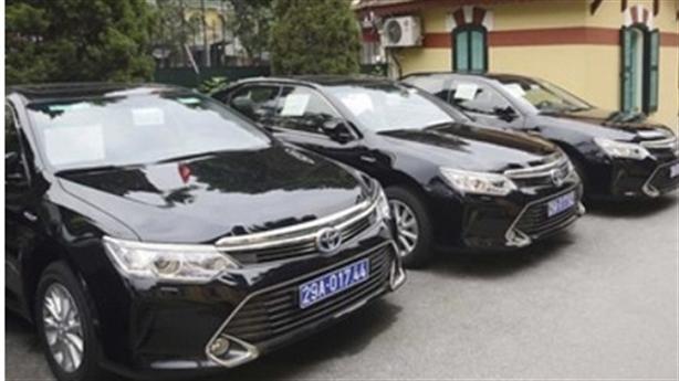 Sau khoán xe công, Bộ Tài chính siết lái xe riêng
