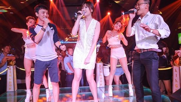 Hari Won diễn sung, mong tình thương của khán giả