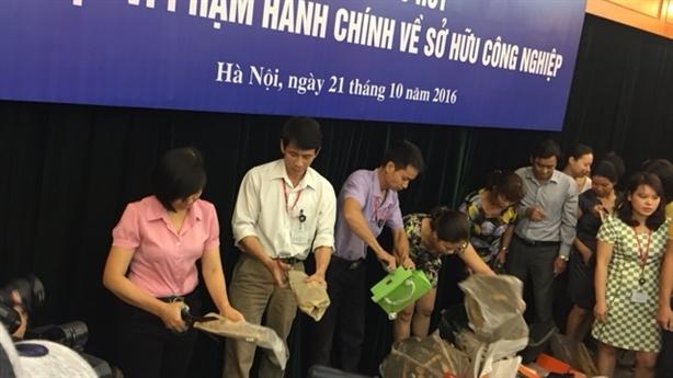 Hôi đồ khi tiêu hủy ở Bộ KH-CN: Bộ trưởng nói thẳng