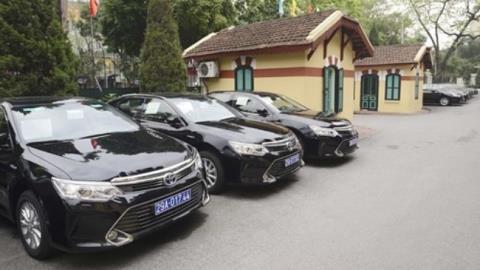 Đề xuất TP.HCM thuê xe công để tiết kiệm