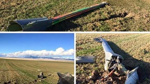 Hình ảnh cần tiếp dầu của KC-10 gãy vụn trong diễn tập