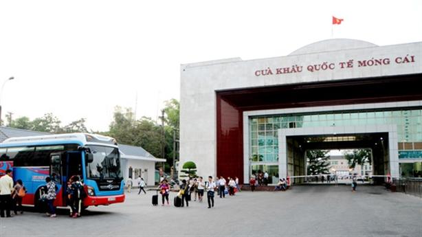 Thương lái Trung Quốc được kinh doanh tại các chợ biên giới