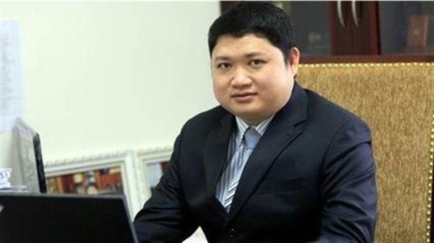 Ông Vũ Đình Duy xin đi chữa bệnh: Nghịch lý đồng lương