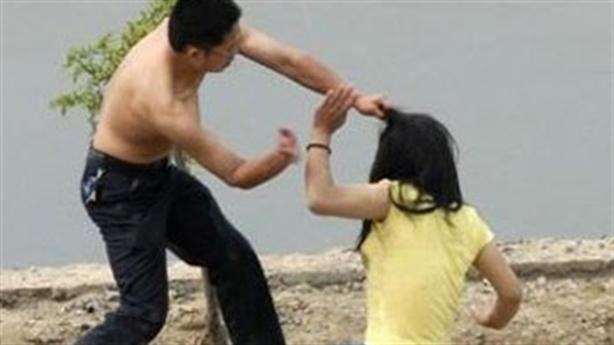 Chồng tử vong vì...đánh vợ