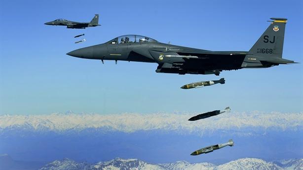 Nỗ lực đánh bại J-10 của máy bay Mỹ