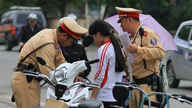 TS.Lê Hồng Sơn: Phạt xe không chính chủ thế nào cho đúng?