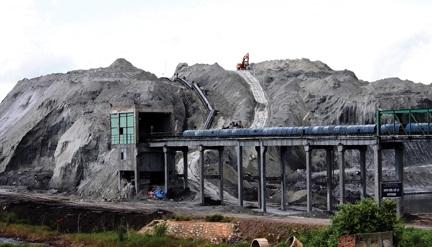 Dự án DAP Đình Vũ: Chất thải chứa phốt pho cực độc