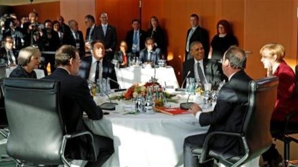 Cấm vận Nga, gánh nặng đặt lên vai bà Merkel?