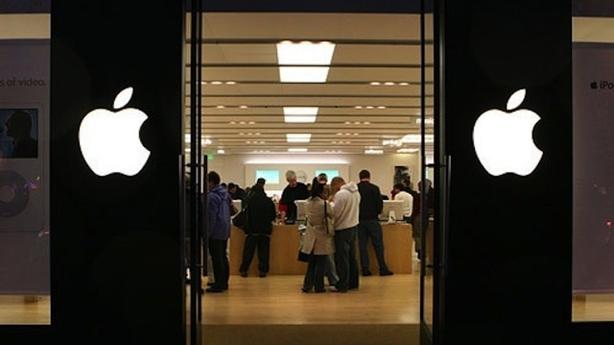 iPhone sản xuất hoàn toàn tại Mỹ: Dân chơi trả gấp đôi