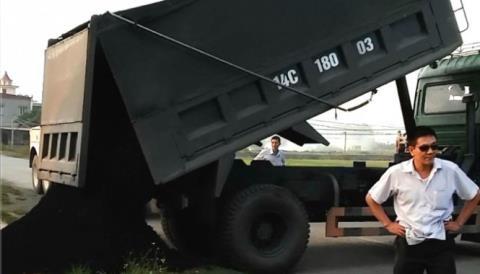 Xe quá tải dọa thanh tra: Yêu cầu nóng